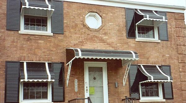 lắp đặt mái vòm cửa sổ đẹp