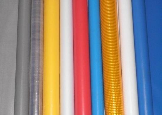Nên chọn lựa vải bạt mái che từ chất liệu nào tốt nhất?