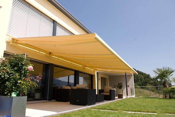 Tại sao nên bảo quản mái che ngoài trời thường xuyên?